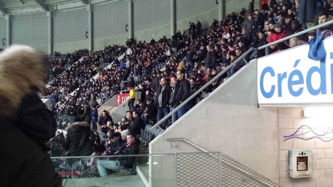 Haltémo_stade